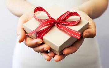 Nouvel an : Des idées cadeaux pour surprendre vos clients